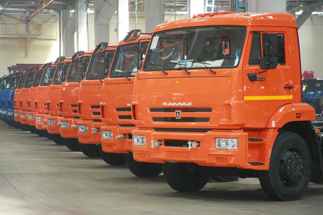 «КамАЗ» лидирует нарынке грузовых авто вРФ