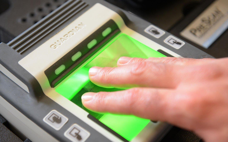 Банки поделятся биометрией граждан с силовыми структурами
