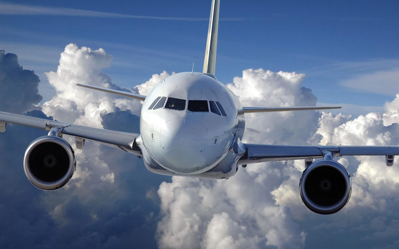 Младенец скончался наборту экстренно севшего вИгарке самолёта