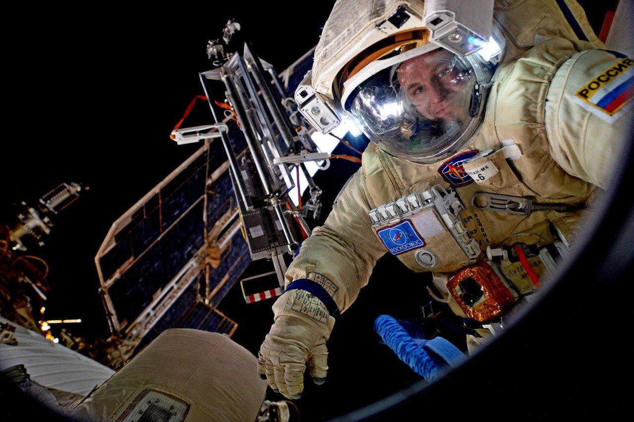 Русский космонавт сказал, как пахнет открытый космос