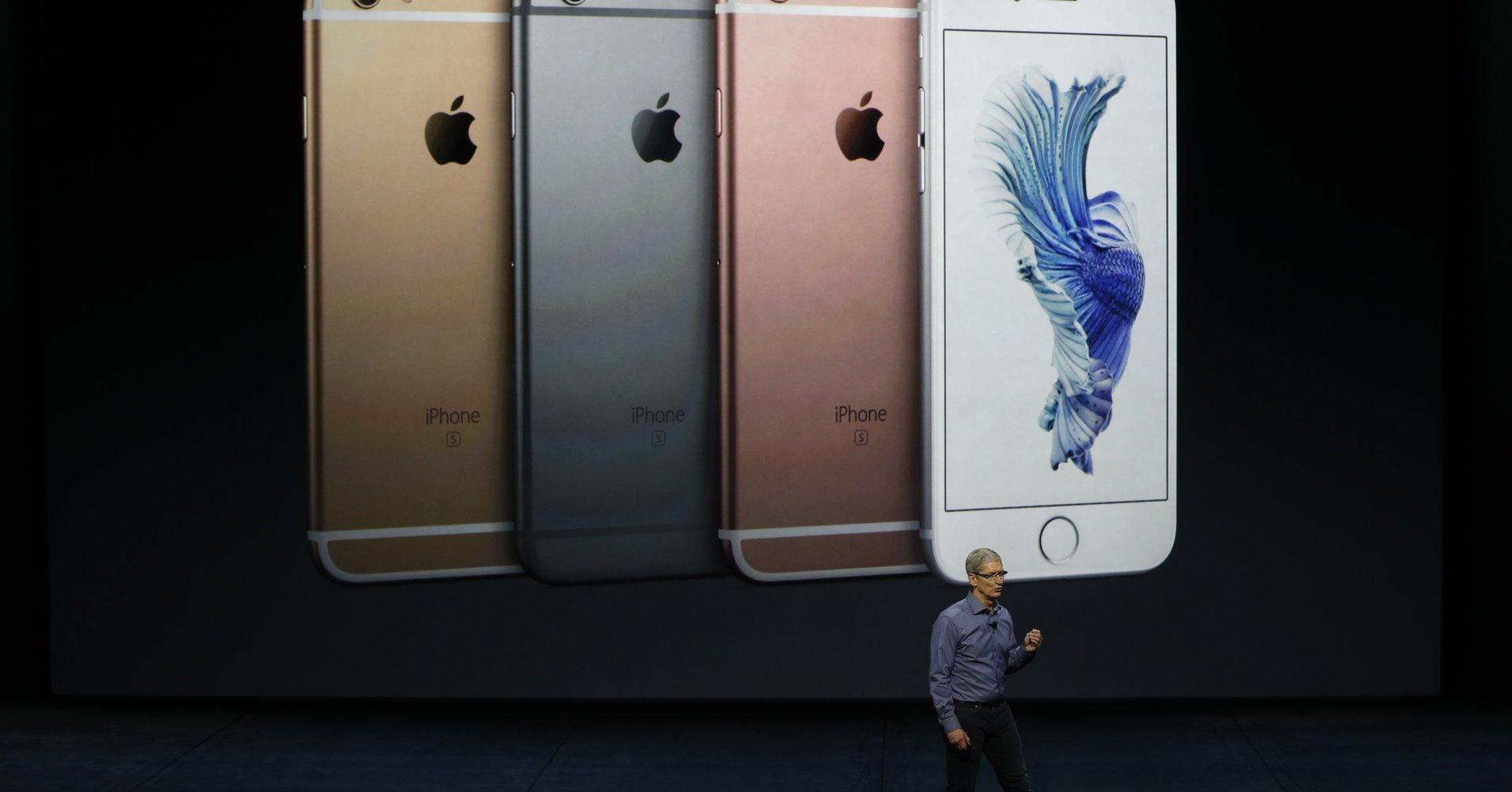 Apple подозревают в умышленном занижении производительности старых iPhone