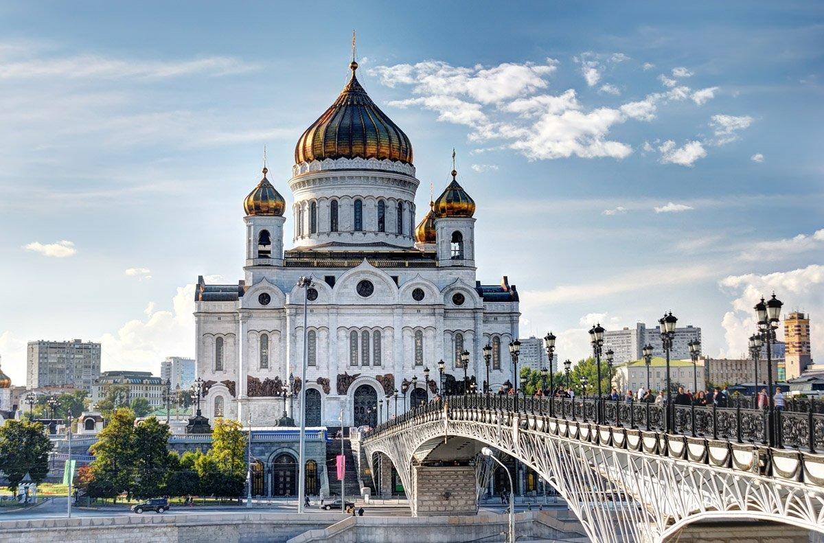Неменее 20 новых храмов построили в столице России загод