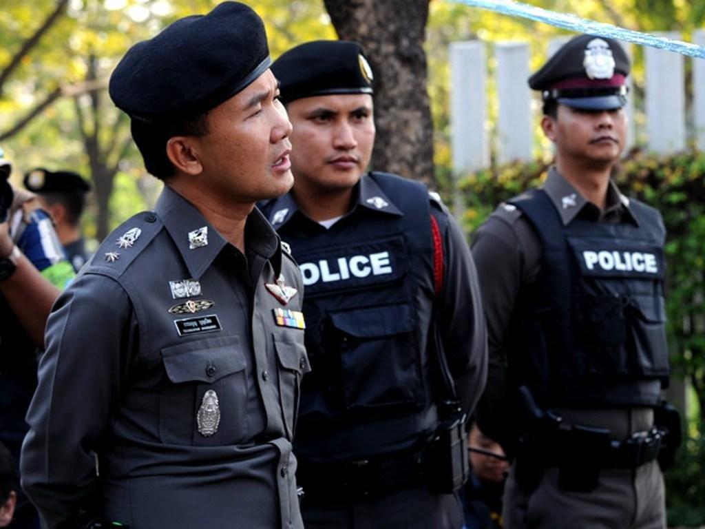 ВТаиланде милиция отыскала туристов-вандалов через фейсбук