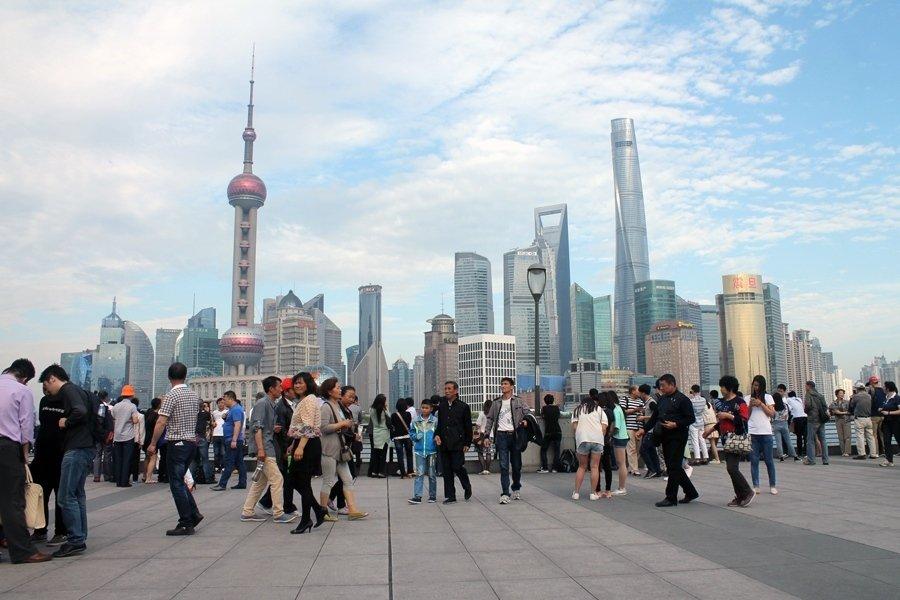 Власти Шанхая решили ограничить количество людей вгороде
