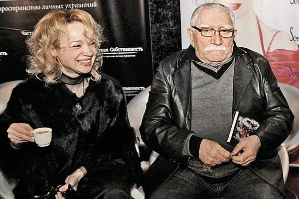 Бывшая жена Джигарханяна рассказала о сексе с актером
