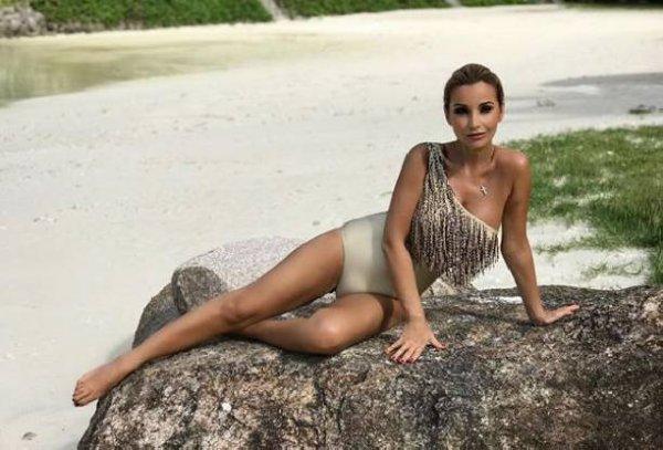 Ольга Орлова порадовала поклонников фото в сексуальном купальнике