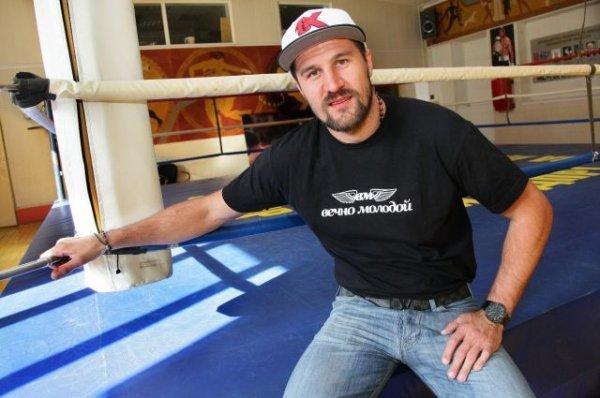 Боксёр Ковалёв «засветился» в клипе Виталия Гогунского