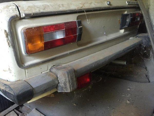 Новый ВАЗ-2106 заварили в гараже на четверть века