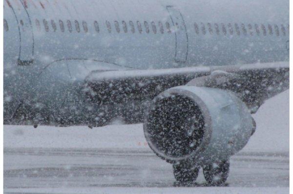 В Шереметьево отменили 22 рейса из-за инцидента с самолетом