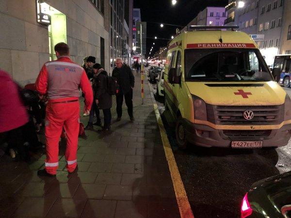 В Стокгольм по вызову приехала «мистическая» скорая помощь с российскими номерами