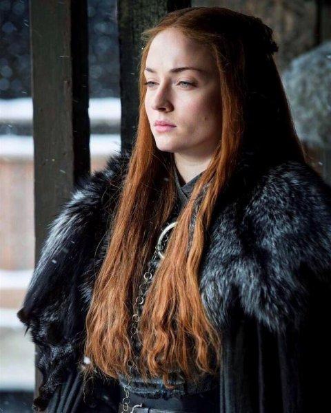 Актриса из «Игры престолов» назвала дату выхода восьмого сезона