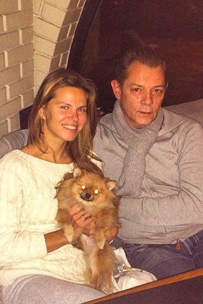 Вадим Казаченко выгоняет на улицу жену с грудным ребенком