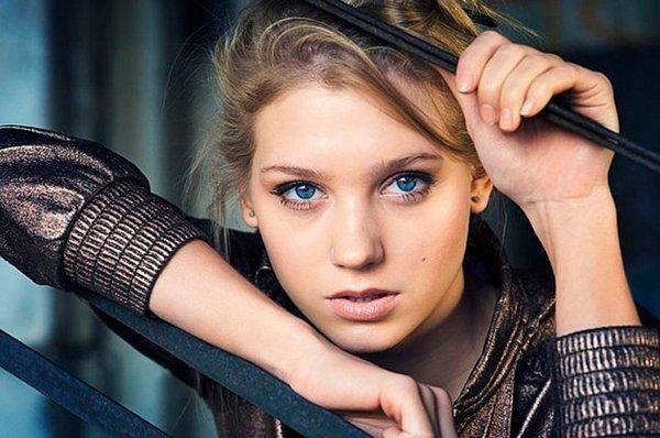 Кристину Асмус обвинили в измене Гарику Харламову из-за новой прически