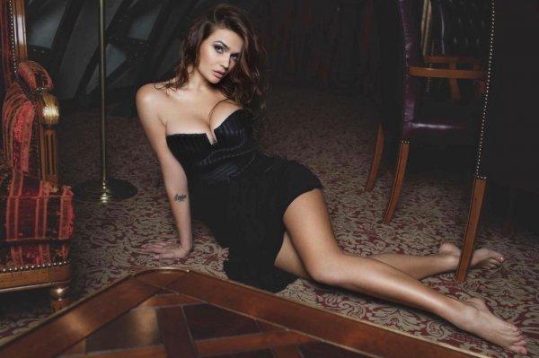 Водонаева стала лицом онлайн-казино, взяв пример с АК-47