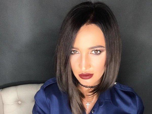 Ольга Бузова провела бессонную ночь в компании пузатого армянина