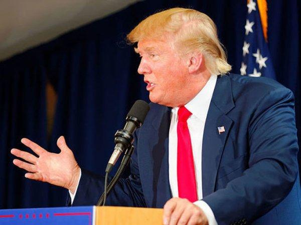 В США тестируют восемь макетов стены Трампа
