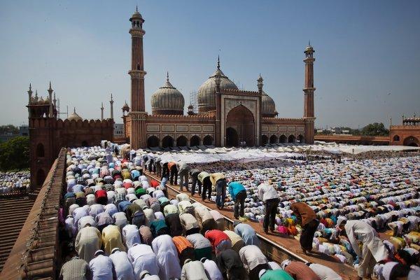 В Индии мусульманам запретили разводиться через Skype и WhatsApp
