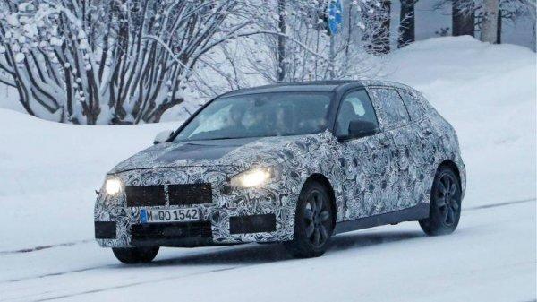 Новый хэтчбэк BMW 1 Series засняли на зимних тестах