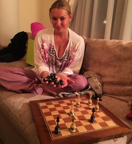 Волочкова рассказала поклонникам о своих буднях