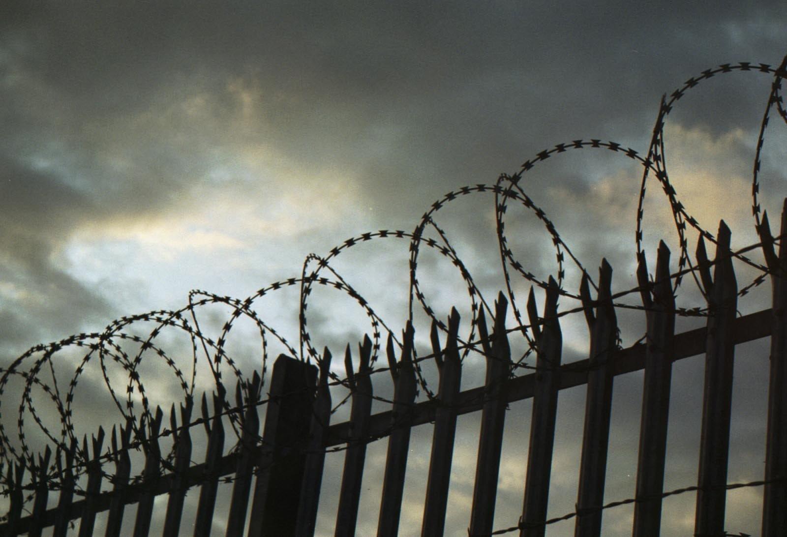 Заключенные 3-й раз занеделю совершили побег изберлинской тюрьмы