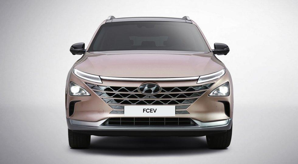 Преемника Hyundai ix35 Fuel Cell представят 8января