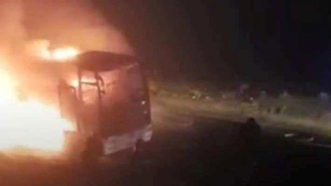 ВГрузии сгорел пассажирский автобус