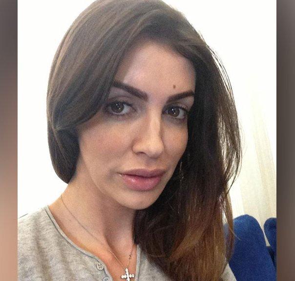 Супруга Аршавина устроила всамолете скандал из-за нечистого памперса