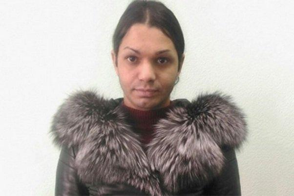 Цыганский трансвестит напугал женщину порчей ипопался милиции