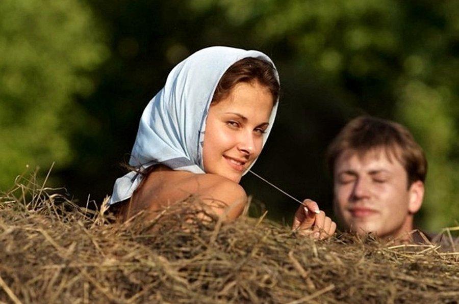 Сельские девушки раньше доэтого  лишаются невинности, чем местные  сверстницы— Ученые