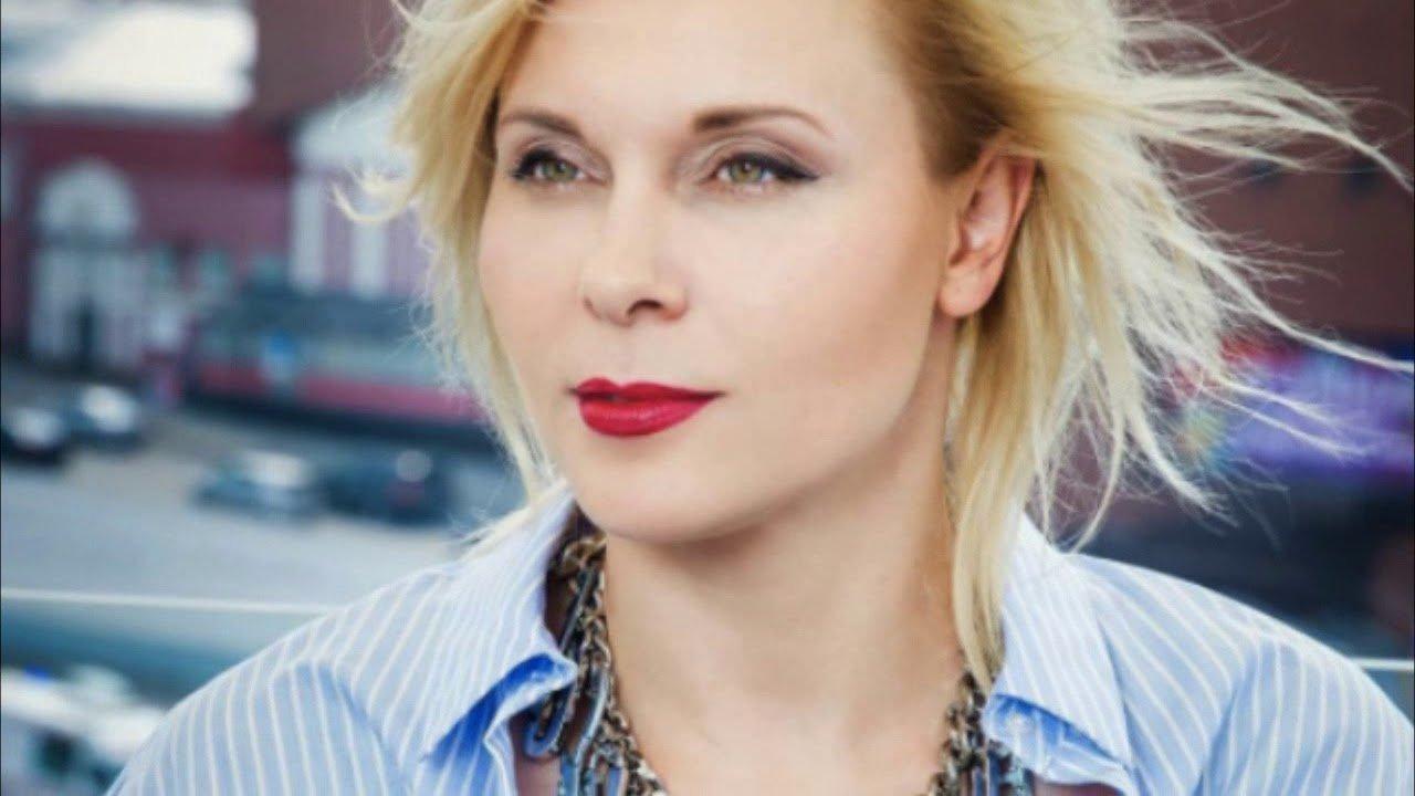 Yana Troyanova Nude Photos 22