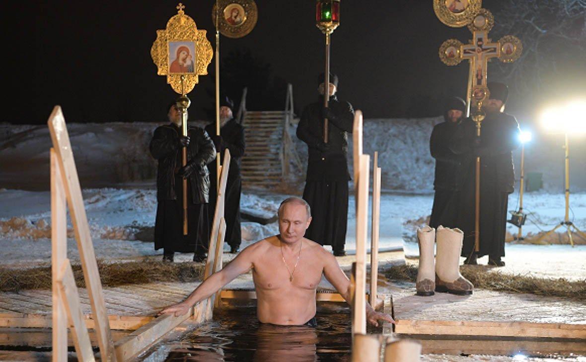 Песков поведал окрещенской традиции В. Путина