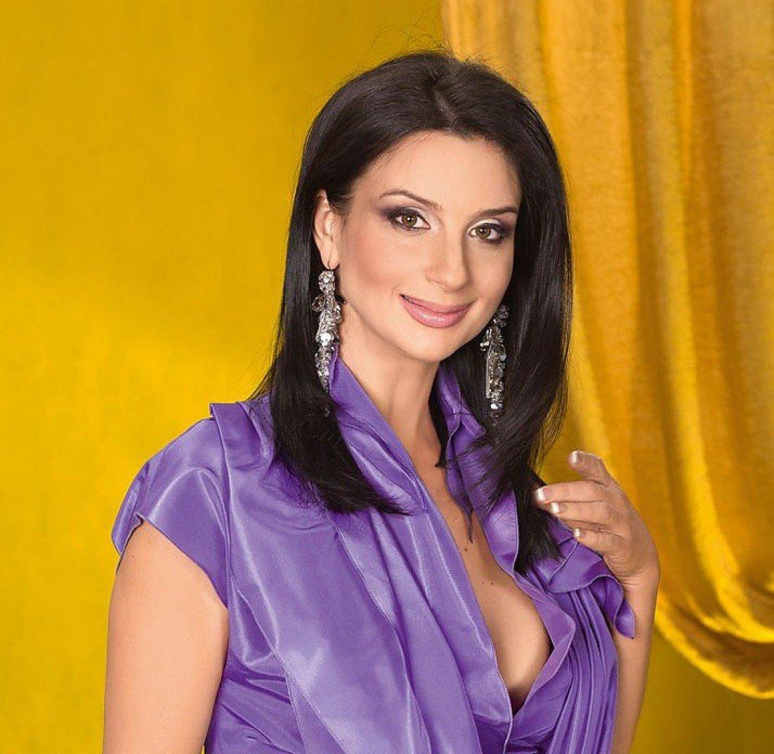 Екатерина Стриженова актер