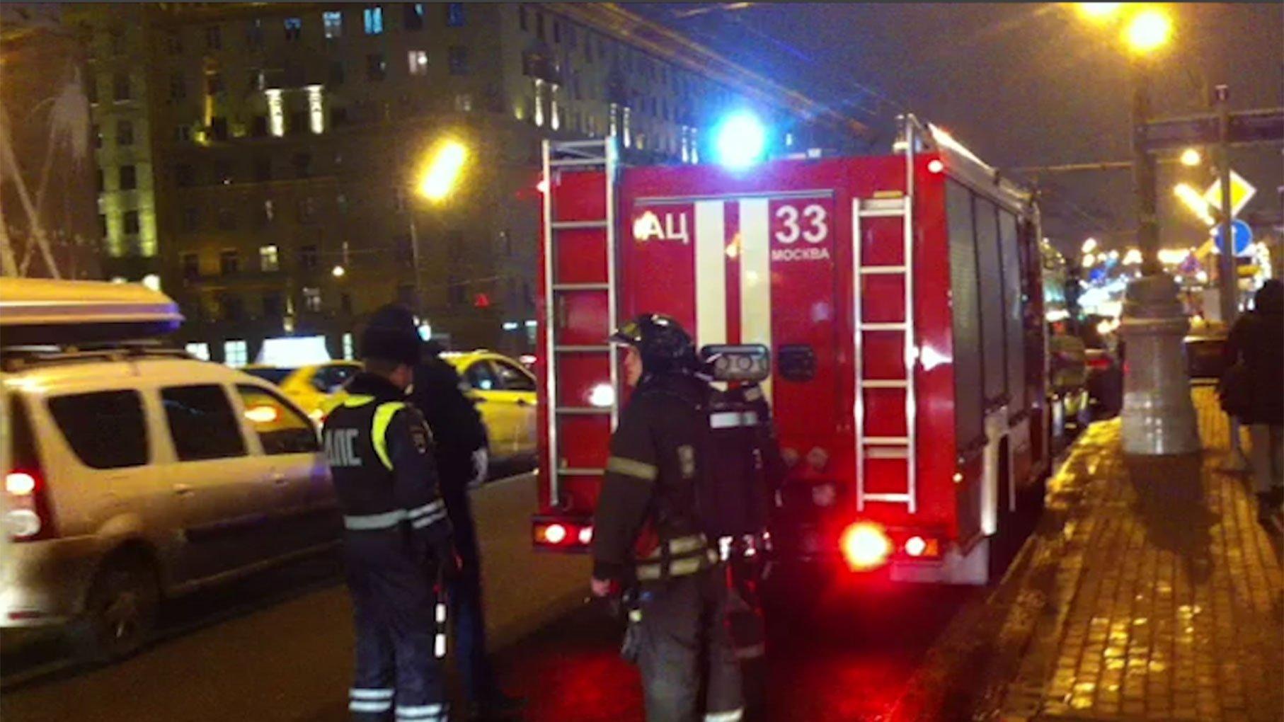 Пожар устранили вгаражах назападе столицы