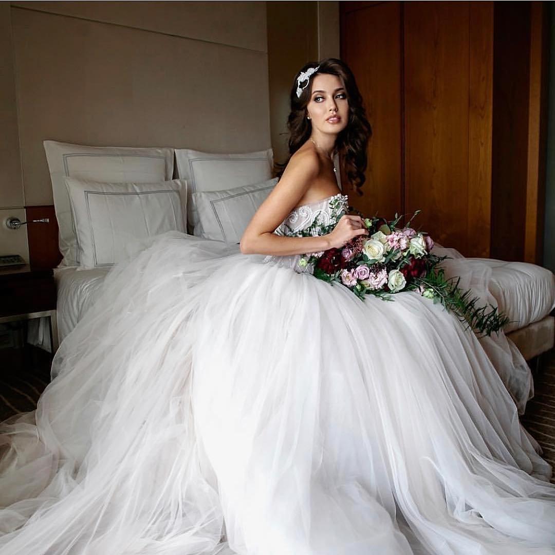 e649f221aa19058 Анастасия Костенко показала свое свадебное платье : Шоу-Бизнес ...