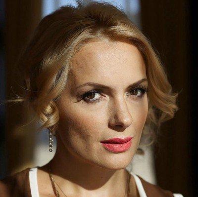 Дефекты кожи и килограмм косметики: Марию Порошину раскритиковали за внешний вид