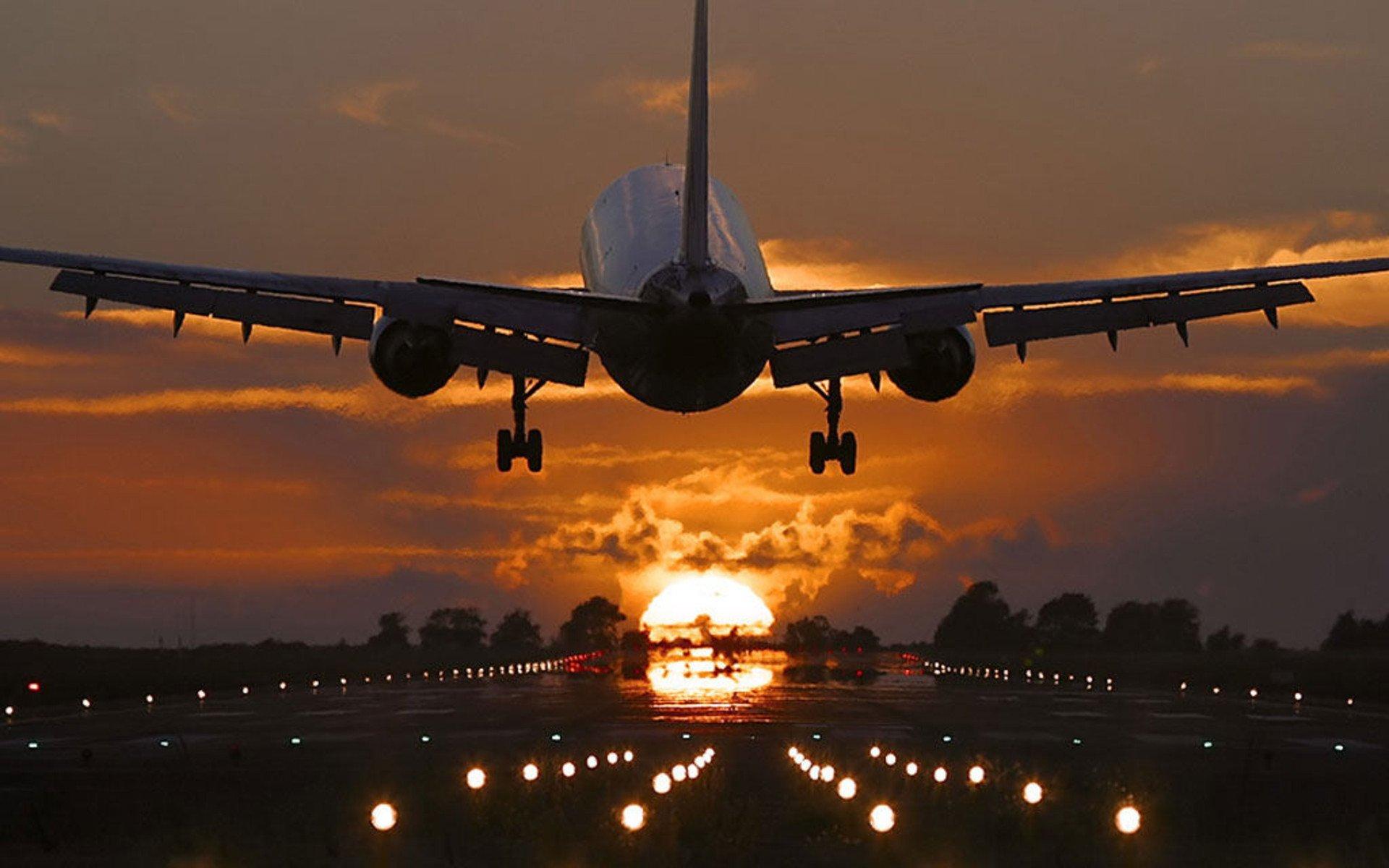 Самолет перелетел в США из Австралии на топливе с горчичным маслом