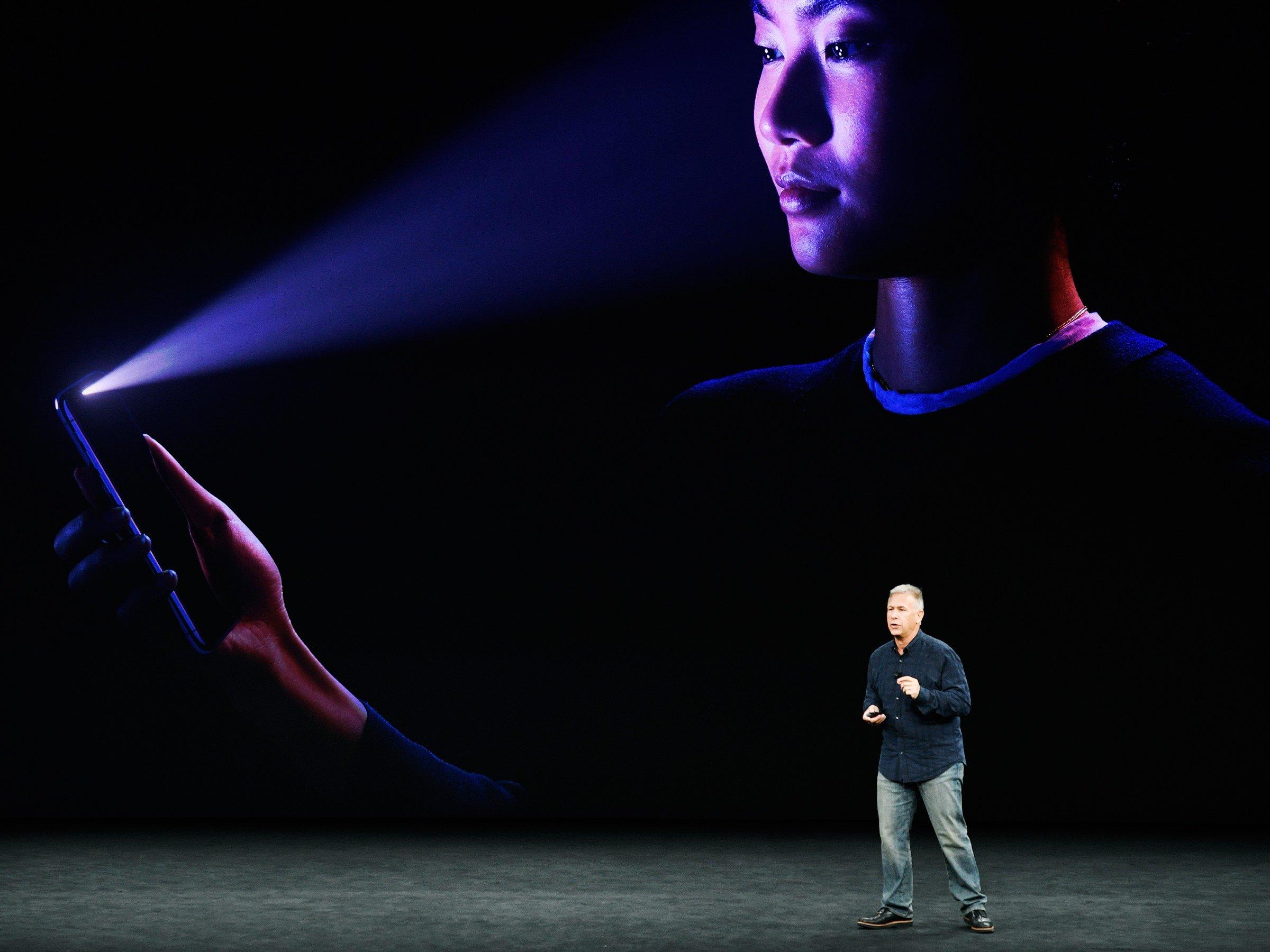 Владимирские близнецы потребовали отApple 20 млн руб. из-за уязвимости iPhone X