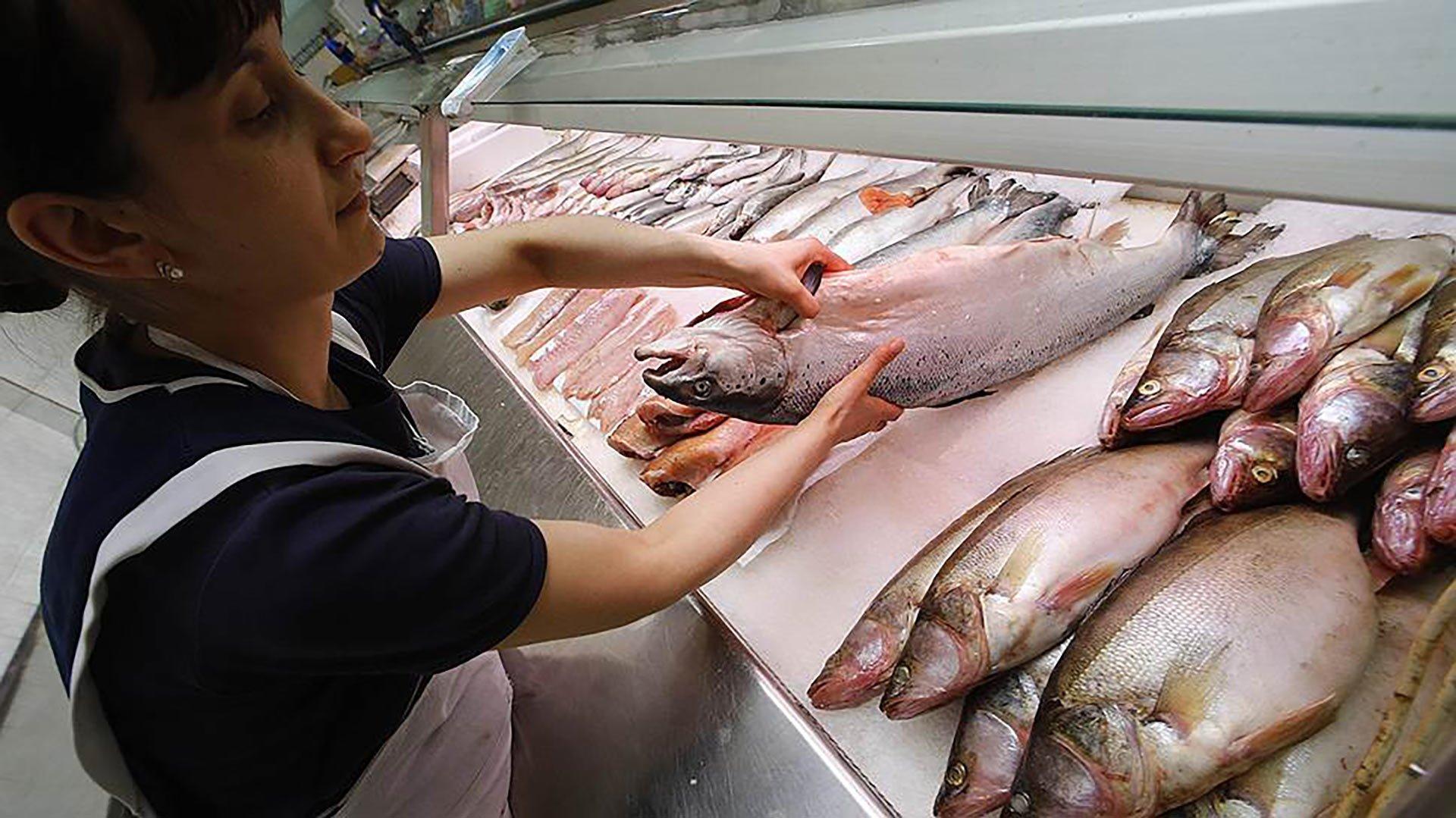 Ростовчан призвали непокупать рыбу срук из-за ботулизма