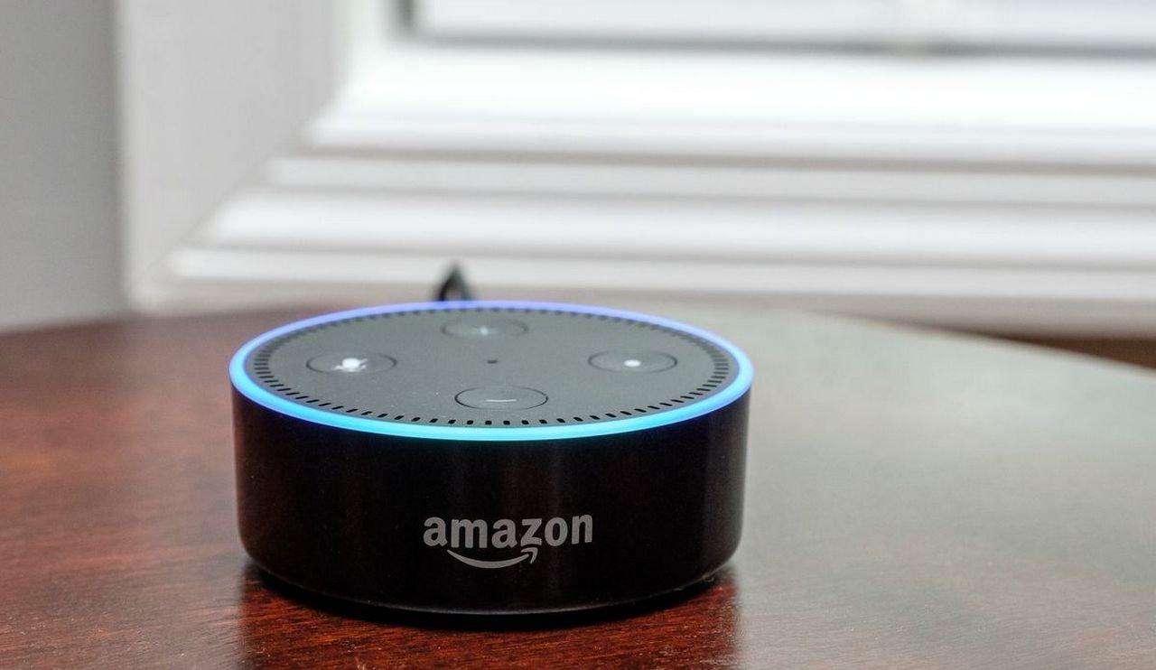 Amazon научила голосового ассистента Alexa посылать SMS