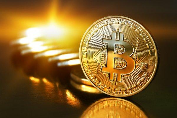 После новогоднего падения стоимость Bitcoin резко возросла