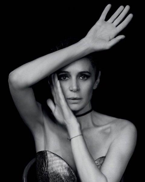 50-летняя актриса Оксана Фандера поделилась сексуальной фотографией