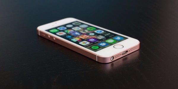Apple начала менять аккумуляторы iPhone на месяц раньше срока