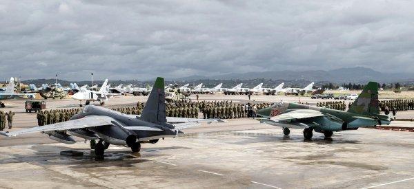 Летающий военный госпиталь замечен в небе над Хмеймимом