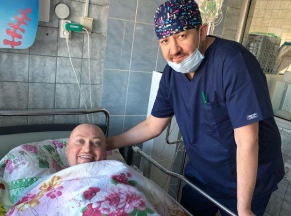 Певец Шура перенёс операцию в Кургане