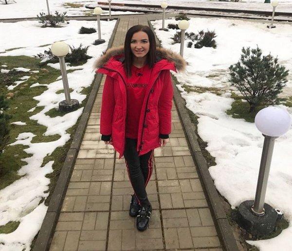 После свадьбы Тарасова Бузова решила уехать из России