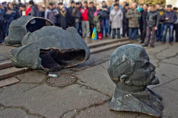 Политолог: Киев запретил ностальгию по СССР