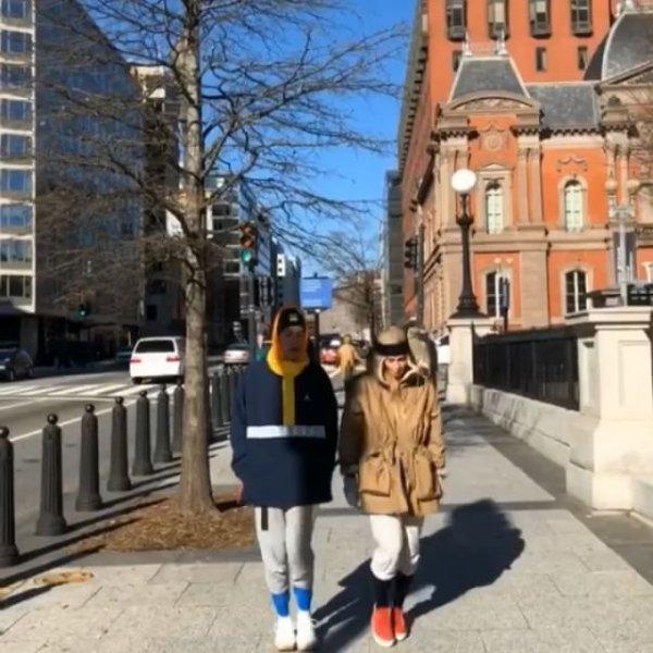 Екатерина Варнава с Александром Гудковым устроили «модную» прогулку по Вашингтону