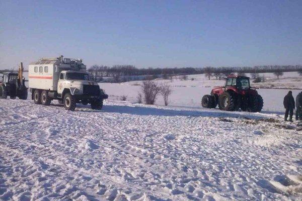 В Иркутской области из-за бездействия властей под лёд ушли два трактора