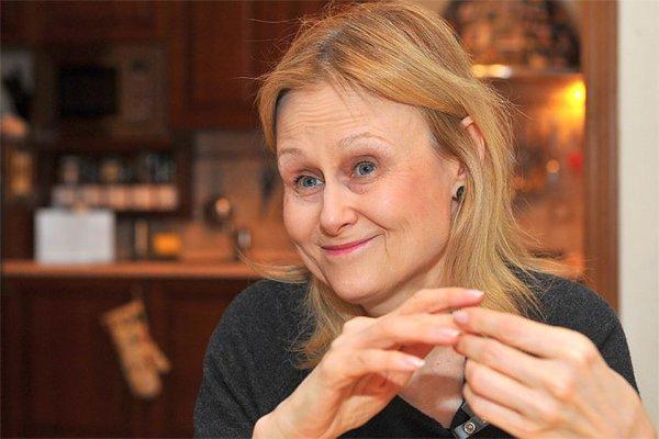 Дарья Донцова рассказала Корчевникову, как поборола онкологию