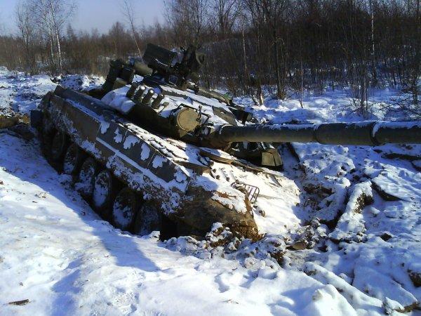 В Челябинской области солдата-срочника переехал танк